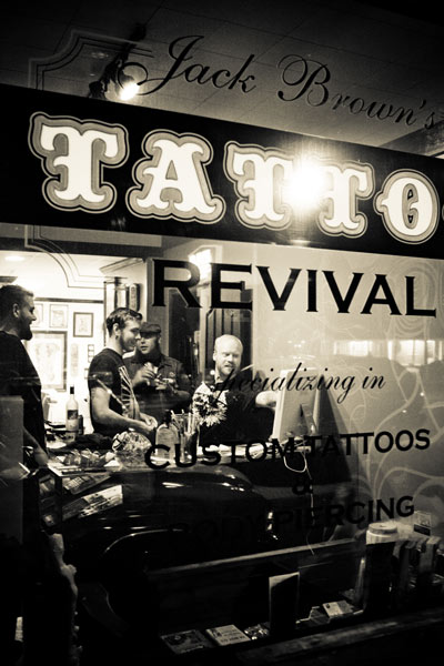 About jack brown 39 s tattoo revival for Revival tattoo and piercing